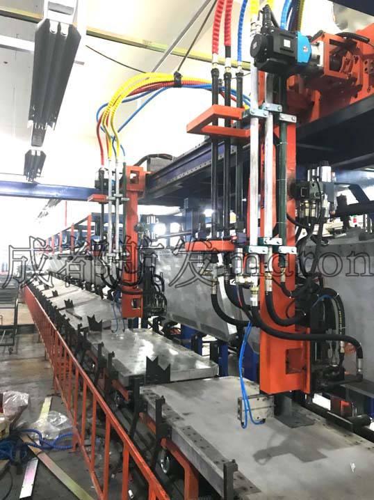 環戊烷高壓發泡機 C5發泡機 戊烷發泡機 成都航發maron馬隆冰箱冷柜環戊烷高壓發泡機 槍頭 管線 坦克鏈
